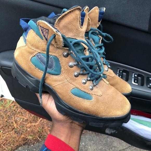 90's Vintage ACG Nike boot